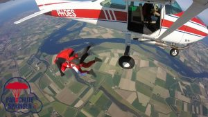 Vliegveld Ameland - Parachutespringen.nl