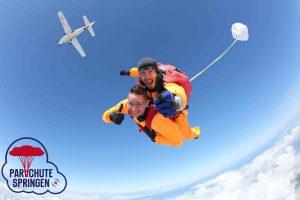 Parachutespringen aanbieding - Parachutespringen.nl