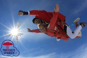 Skydive Ameland - Parachutespringen.nl