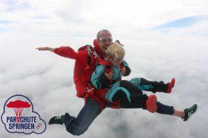 Skydive duosprong - Parachutespringen.nl