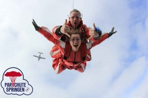Skydiving kosten - Parachutespringen.nl