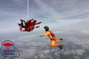 Parachutespringen vrije val - Parachutespringen.nl