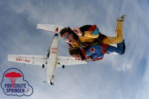 Parachutespringen Nederland tandemsprong – Parachutespringen.nl