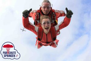 Tandemsprong - Parachutespringen.nl